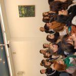 Uczniowie szkół średnich w auli przy ul. Szerokiej