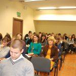 Uczestnicy sympozjum pedagogicznego w sali obrad