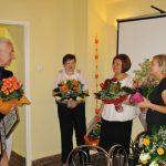 Rektor dziękuje najbardziej aktywnym członkiniom Koła paniom Marcie Falińskiej i Gertrudzie Gałek