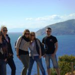 Wycieczka do Świątyni Posejdona - grupa studentów