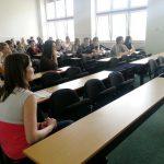 Studenci uczestniczący w wykładzie mgr Karoliny Chrabąszcz