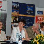 Przedstawiciele MWSE od lewej mgr Zofia Kozioł, mgr Renata Mielak, prof. dr hab. Leszek Kozioł, dr Jolanta Stanienda przy stole prezydialnym