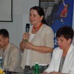 Kanclerz mgr Zofia Kozioł wita zebranych na konferencji
