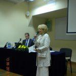 Wiceprezydent Miasta Tarnowa mgr Krystyna Latała z mikrofonem