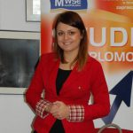 Pani Lucyna Łabędź - pracownik centruym Edukacji Menedżerskiej MWSE