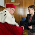 Wręczenie legitymacji Polskiego Towarzystwa Ergonomicznego mgr Barbarze Jarosz