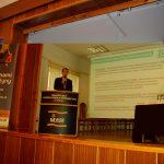 Mgr Łukasz Mazur podczas prezentacji Platformy Usług Elektronicznych ZUS