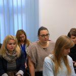 Studenci wyjeżdżający na studia do Portalegre siedzą w sali lekcyjnej
