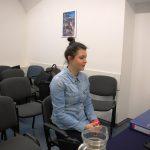Studentką kierunku turystyka i rekreacja w trakcie rozmowy kwalifikacyjnej