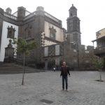 Student na ulicy Las Palmas