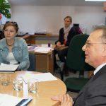 prof. L. Kozioł i studentka z Chorwacji podczas zajęć