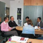 Studenci z turcji i Chorwacji oraz prof. L. Kozioł i mgr Radosław Pyrek, koordynator Programu Erasmus w MWSE