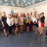 Grupa absolwentów Specjalności Rachunkowość i zarządzanie finansami wraz z promotorem Wasilijem Rudnickim