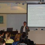 dr Sabina Kurzawa podczas wykładu
