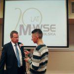 Prof. Janusz Morbitzer udziela wywiadu