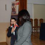 Kanclerz mgr Zofia Kozioł z mikrofonem, obok dr Anna Wojtowicz