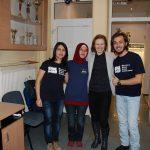 Mgr Anna Karaś i troje studentów z Turcji