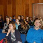 Słuchacze podczas wykładu - na pierwszym planie nauczyciele z V LO w Tarnowie