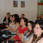Studenci uczestniczący w Międzynarodowym Dniu Erasmusa