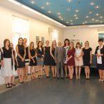 Zdjęcie grupowe po zakończeniu egzaminów dyplomowych