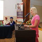 Anna Pieczarka dziękuje za przyznanie medalu Bene Merito