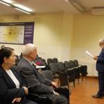 Uczestnicy konferencji, w pierwszym rzędzie siedzą Rektor prof. MWSe dr hab. Michał Woźniak i Kanclerz mgr Zofia Kozioł