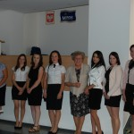 Grupa studentów z promotorem dr M. Dąbrową