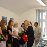 dr Renata Smoleń i dr Wacław Srebro gratulują studentom