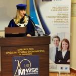 Pani Dziekan dr Renata Smoleń prowadzi uroczystość