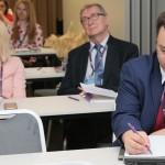 Dr inż Kazimierz Barwacz i mgr Karolina Chrabąszcz-Sarad podczas konferencji