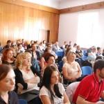 Studenci zgromadzenie na wykładzie