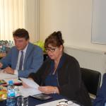 Komisja egzaminacyjna od lewej siedzą dr Mirosław Cholewiński, dr Sabina Kurzawa, dr Jan Rajmund Paśko